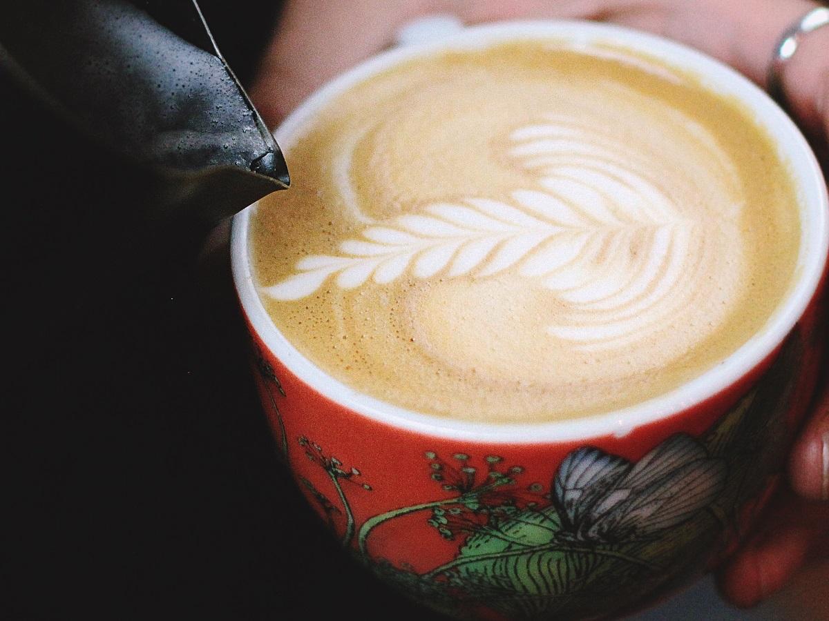 Odprta kuhinja - Vzorci na kavi