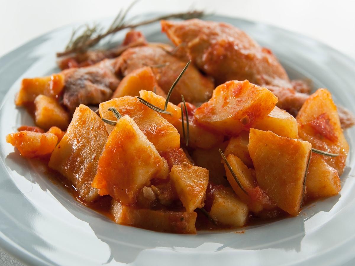Paradižnikov krompir s piščancem in rožmarinom Slika 2