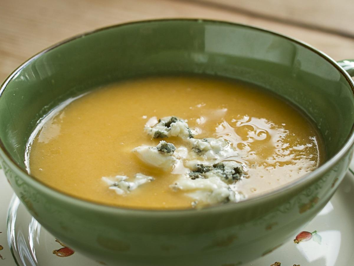 Kolerabna juha z rokforjem Slika 2