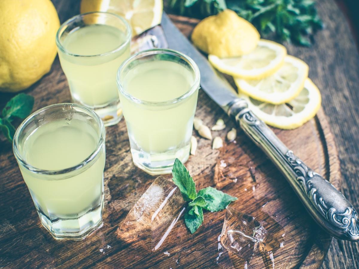Kako naredimo limonov liker (limoncello) Slika 2